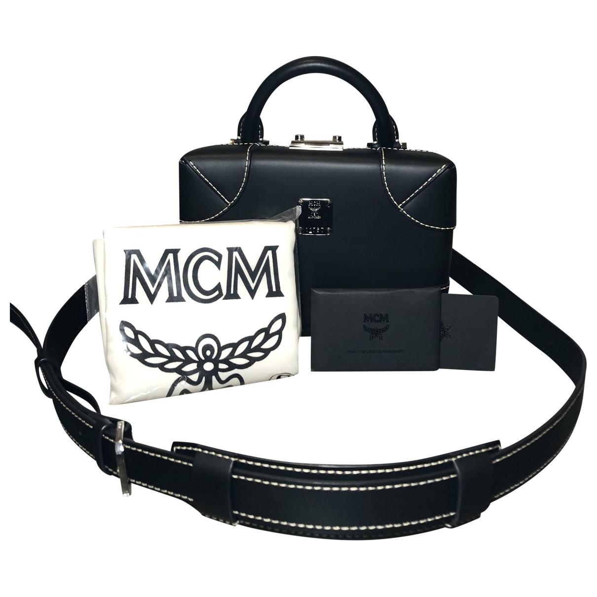 Mcm \N Clutch in  Schwarz Leder