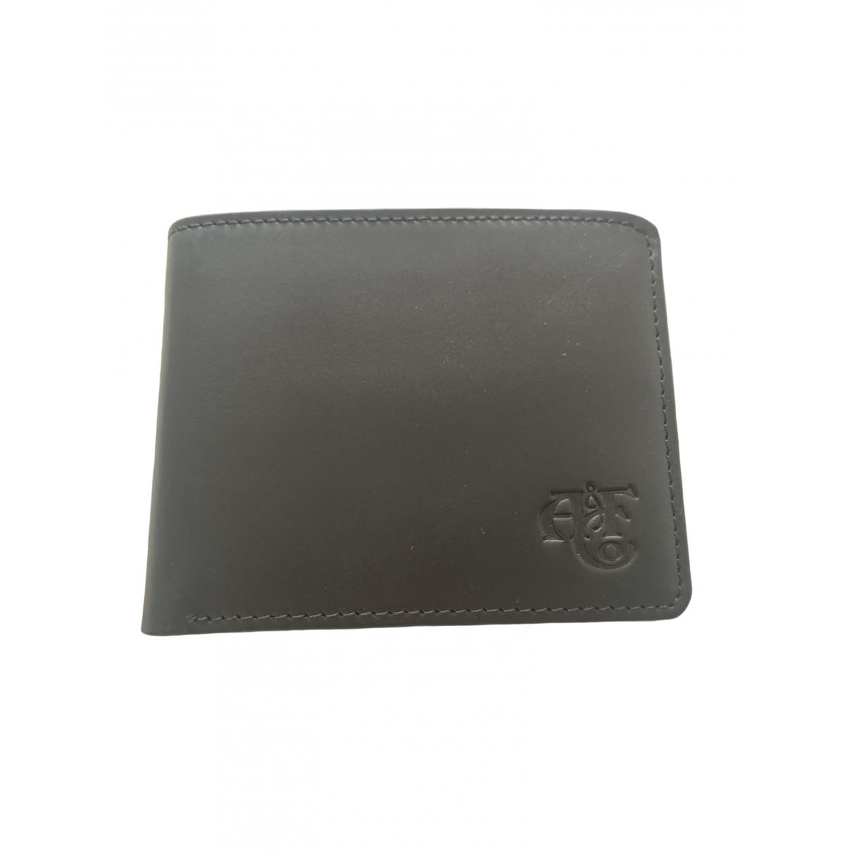 Abercrombie & Fitch \N Kleinlederwaren in  Schwarz Leder