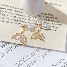 1 Paar Perlen Decor Strass Gravierte Fischschwanz Tropfen Ohrringe
