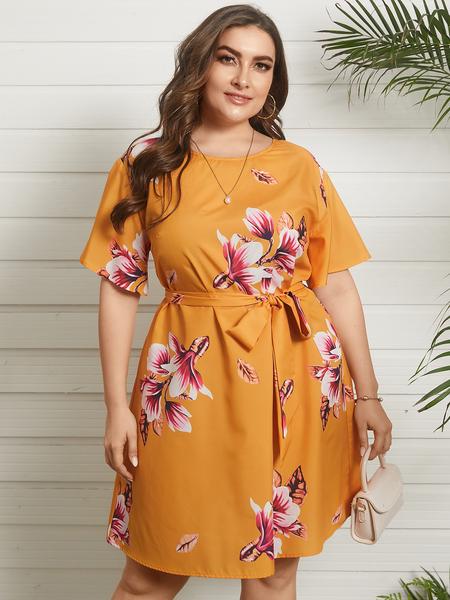 YOINS Plus Size Crew Neck Floral Print Belt design Half Sleeves Dress