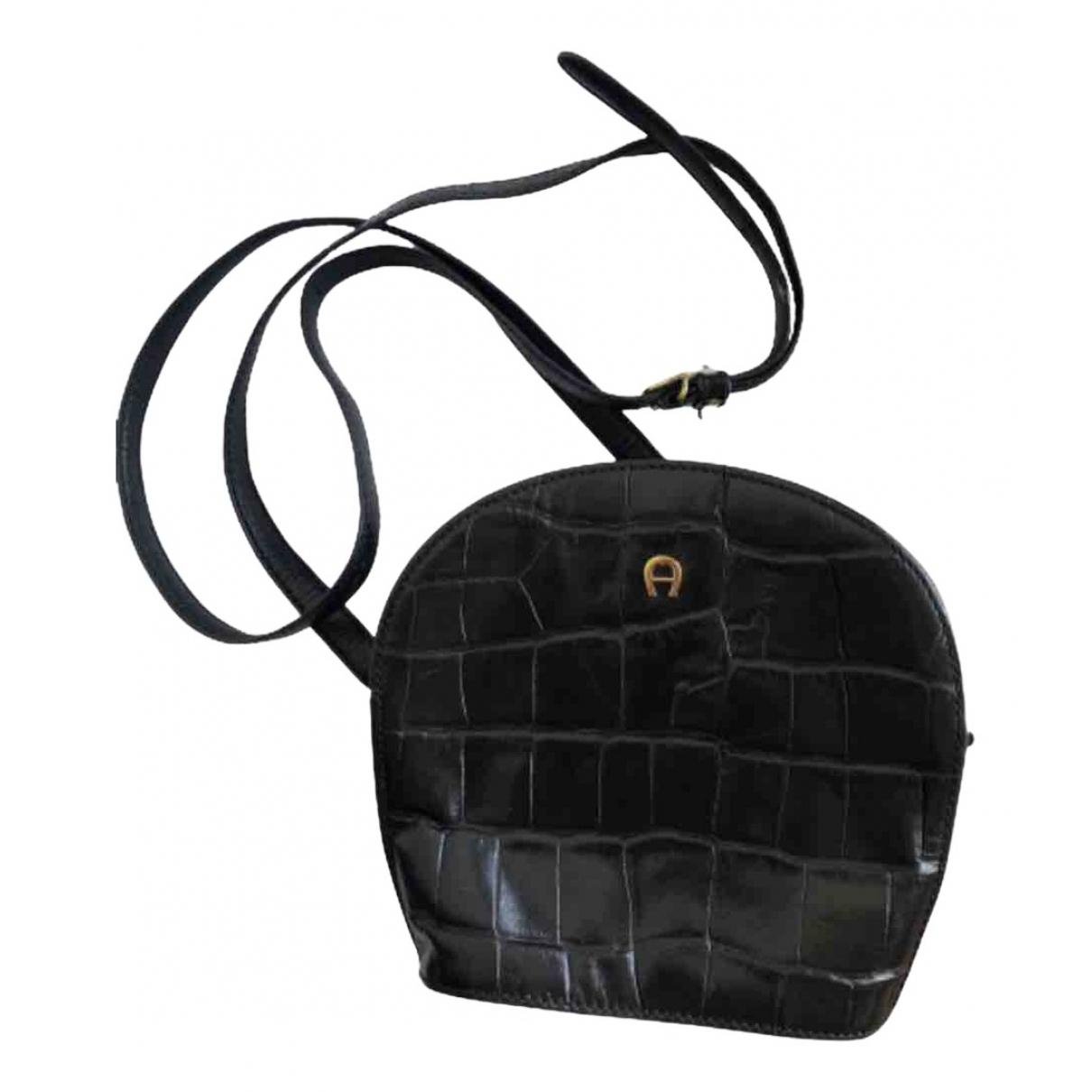 Aigner \N Black Exotic leathers handbag for Women \N