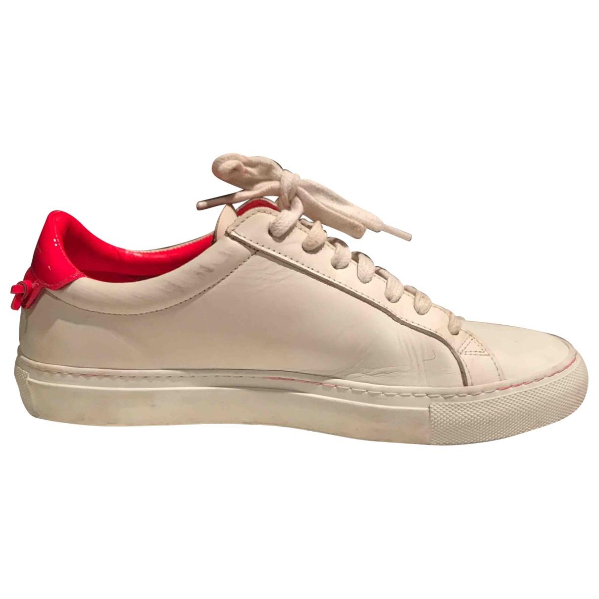 Givenchy - Baskets   pour femme en cuir - blanc