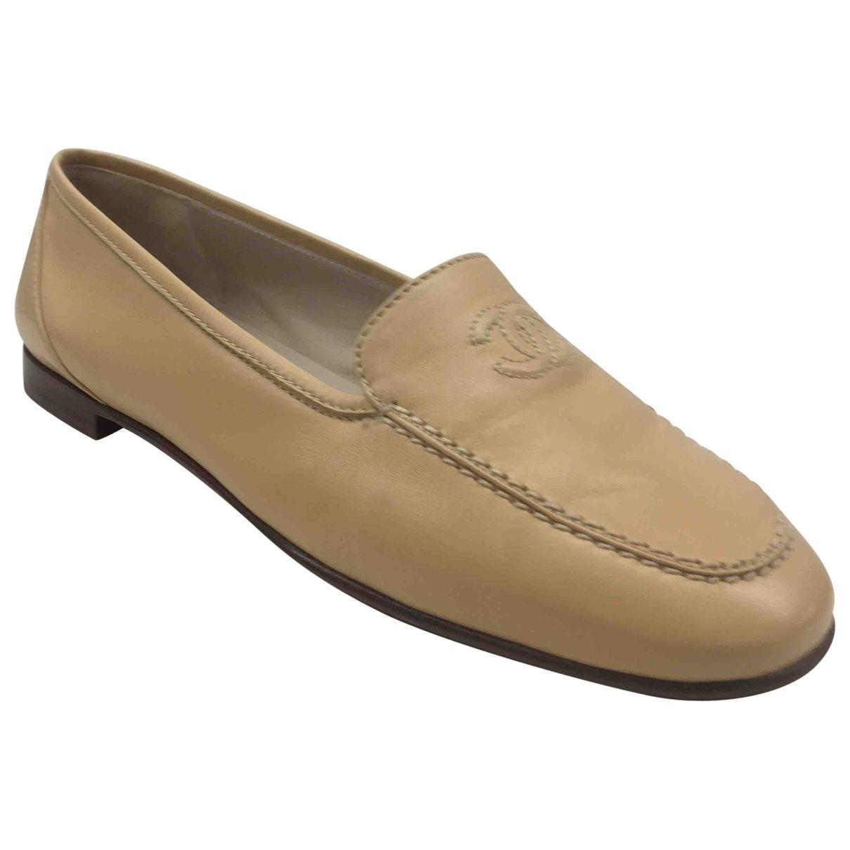 Chanel \N Beige Leather Flats for Women 38.5 EU