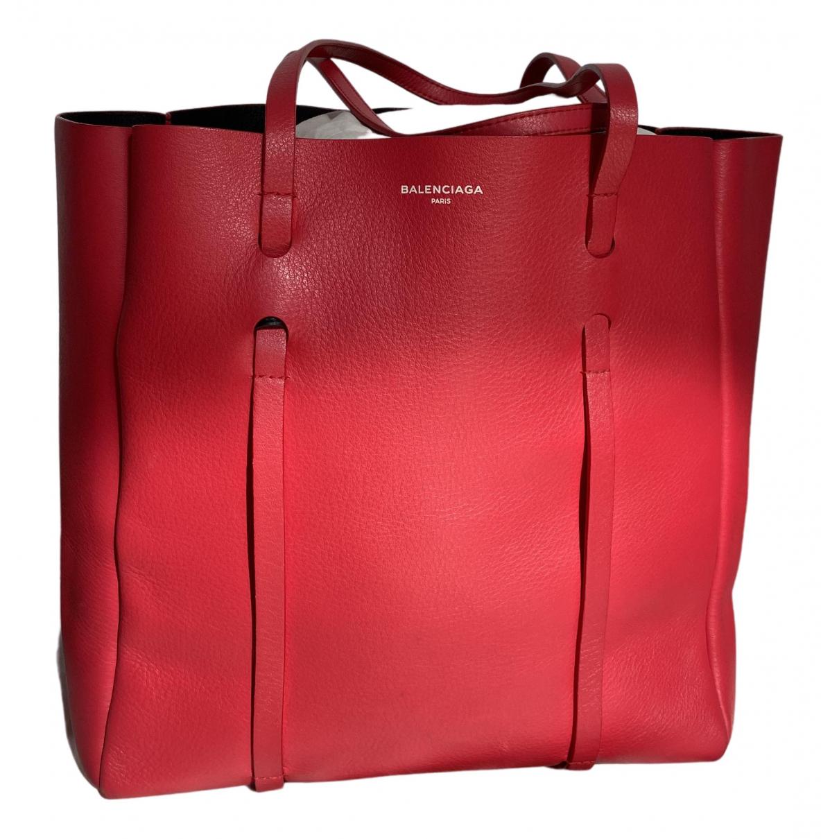 Balenciaga N Red Leather handbag for Women N