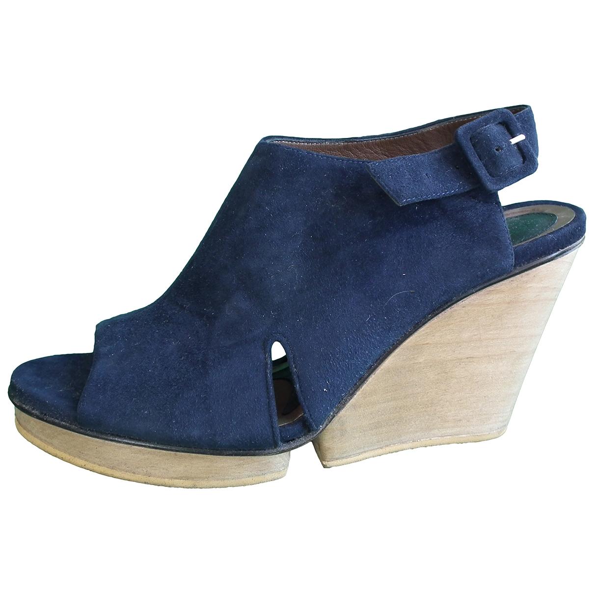 Marni \N Sandalen in  Blau Veloursleder