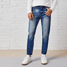 Jeans mit Farbspritzer Muster