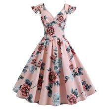 Ubergrosses Kleid mit Blumen
