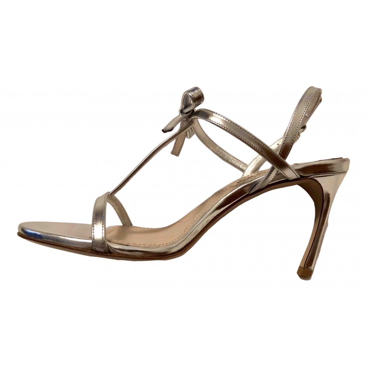 Miu Miu \N Sandalen in  Silber Lackleder