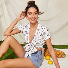 Floral Print Knotted Crop Top