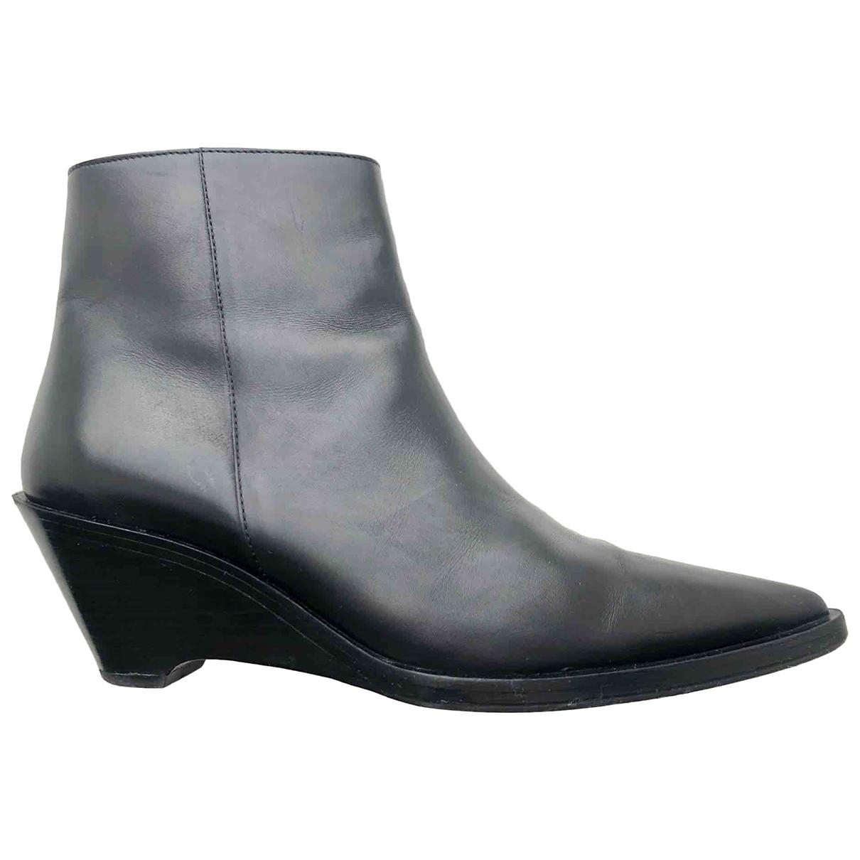 Acne Studios N Black Leather Boots for Women 39 EU