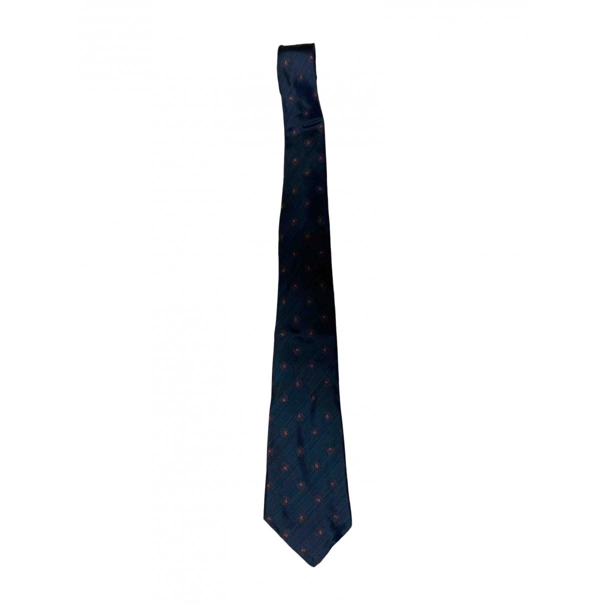 Salvatore Ferragamo \N Krawatten in  Gruen Seide