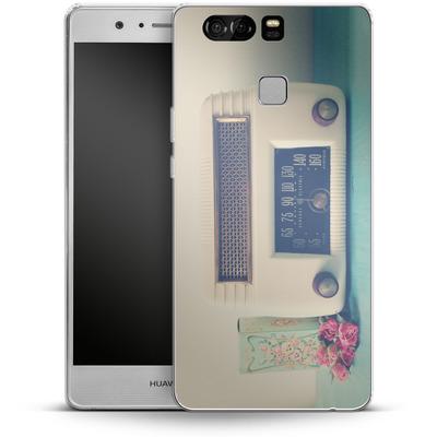 Huawei P9 Silikon Handyhuelle - Retro Radio von Joy StClaire