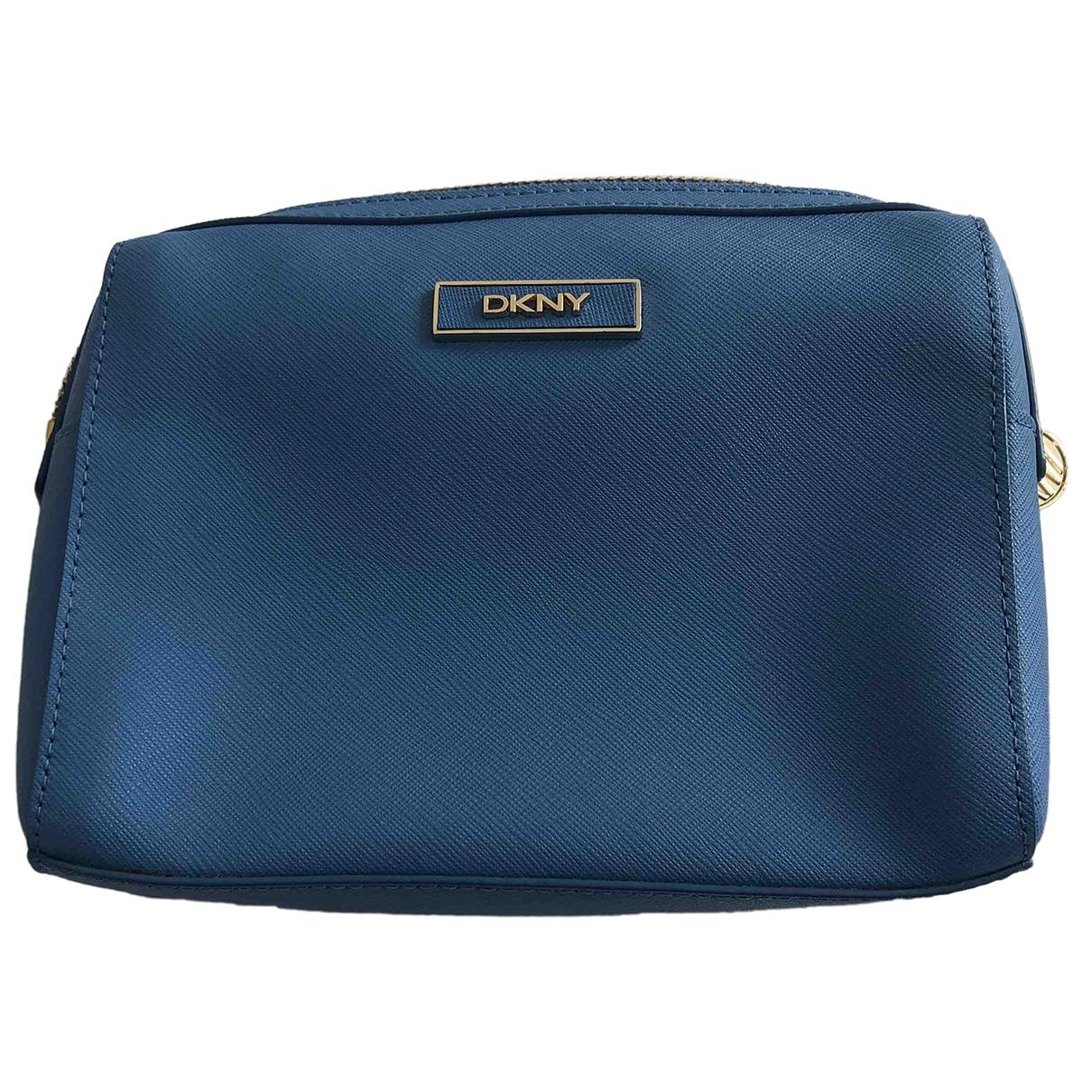 Dkny \N Blue Leather Clutch bag for Women \N
