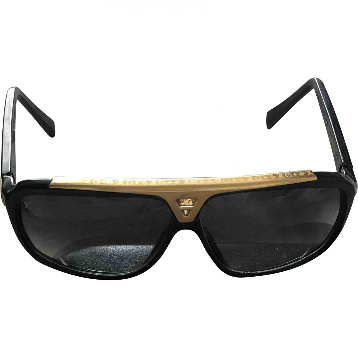 Louis Vuitton \N Sonnenbrillen in  Schwarz Kunststoff