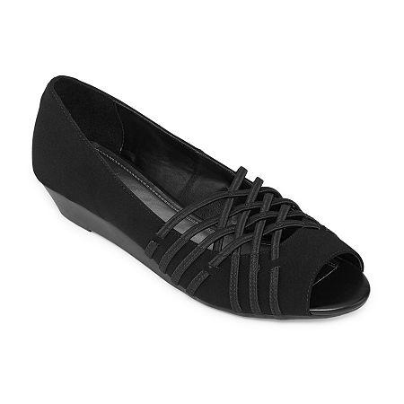 east 5th Womens Grace Slip-On Shoe, 6 Medium, Black