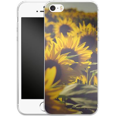 Apple iPhone 5s Silikon Handyhuelle - Sunflower 2 von Joy StClaire