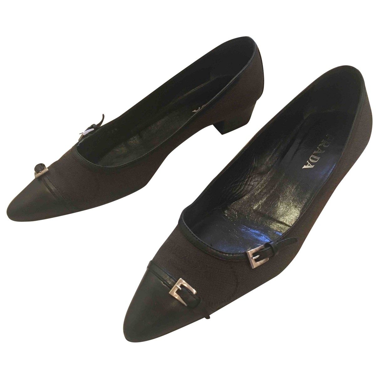 Prada \N Black Leather Flats for Women 37.5 EU