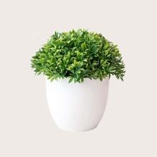 Planta en maceta artificial
