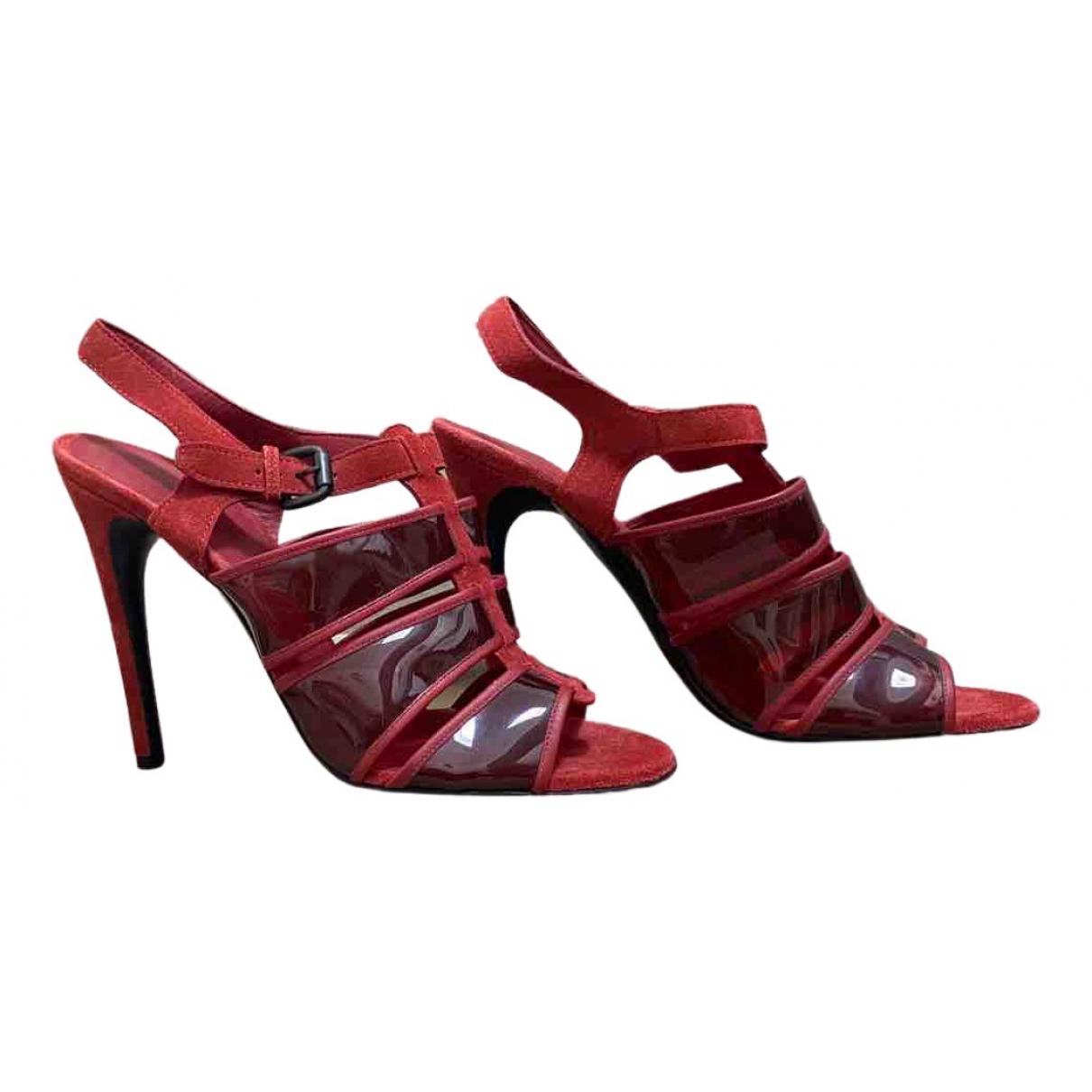Bottega Veneta - Sandales   pour femme en suede - rouge