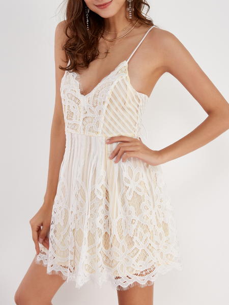 Yoins Sexy V Neck Lace-up Back Strappy Lace Dress in White