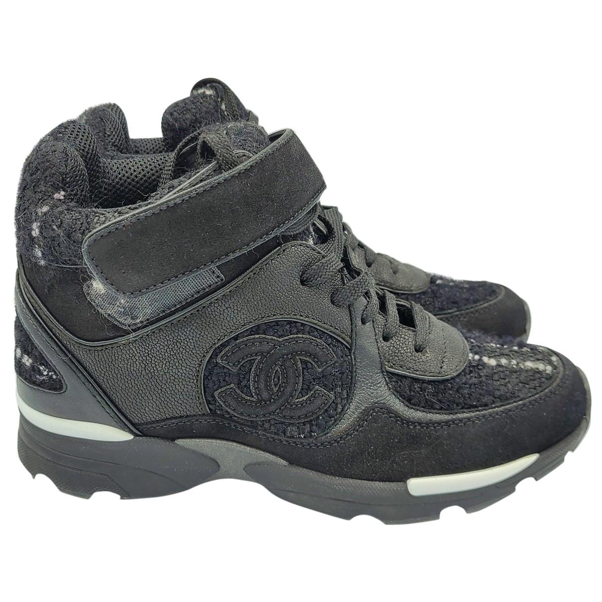 Chanel \N Sneakers in  Schwarz Tweed