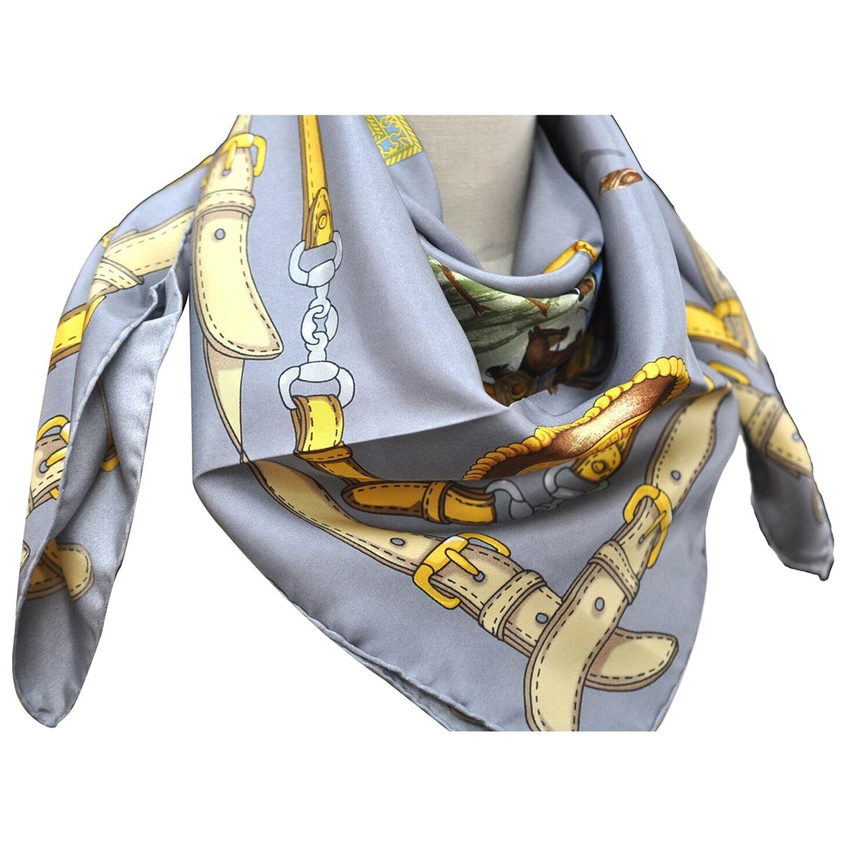 Hermes \N Schal in  Grau Seide