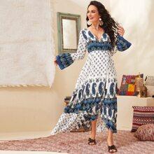 Kleid mit Glockenaermeln, Paisley & Stamm Muster, Guertel und Wickel Design