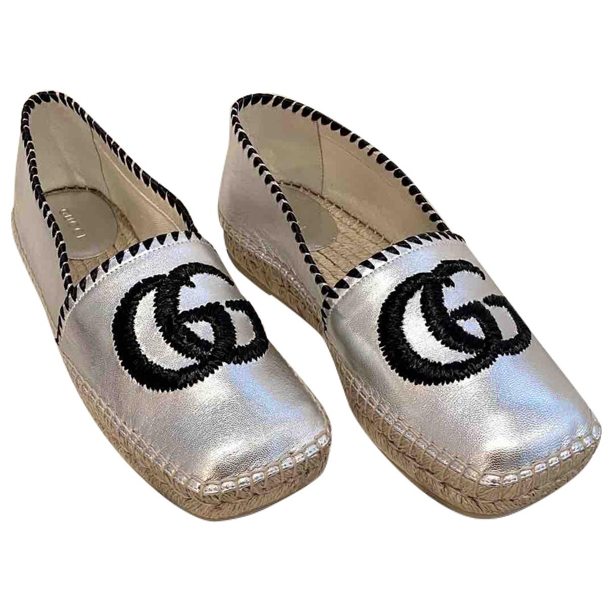Gucci \N Espadrilles in  Silber Leder