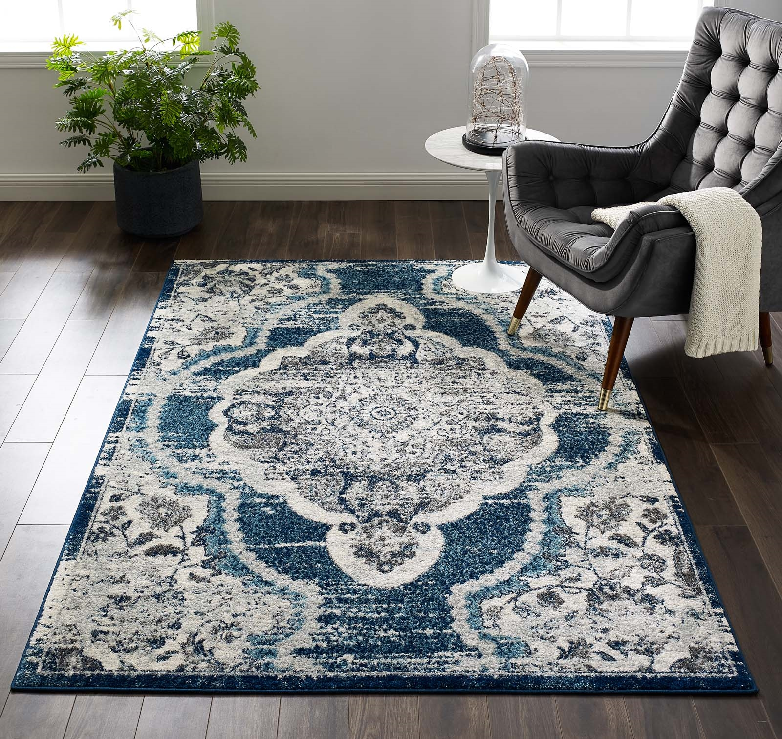 Entourage Malia Distressed Vintage Floral Persian Medallion 5x8 Area Rug in Ivory and Blue