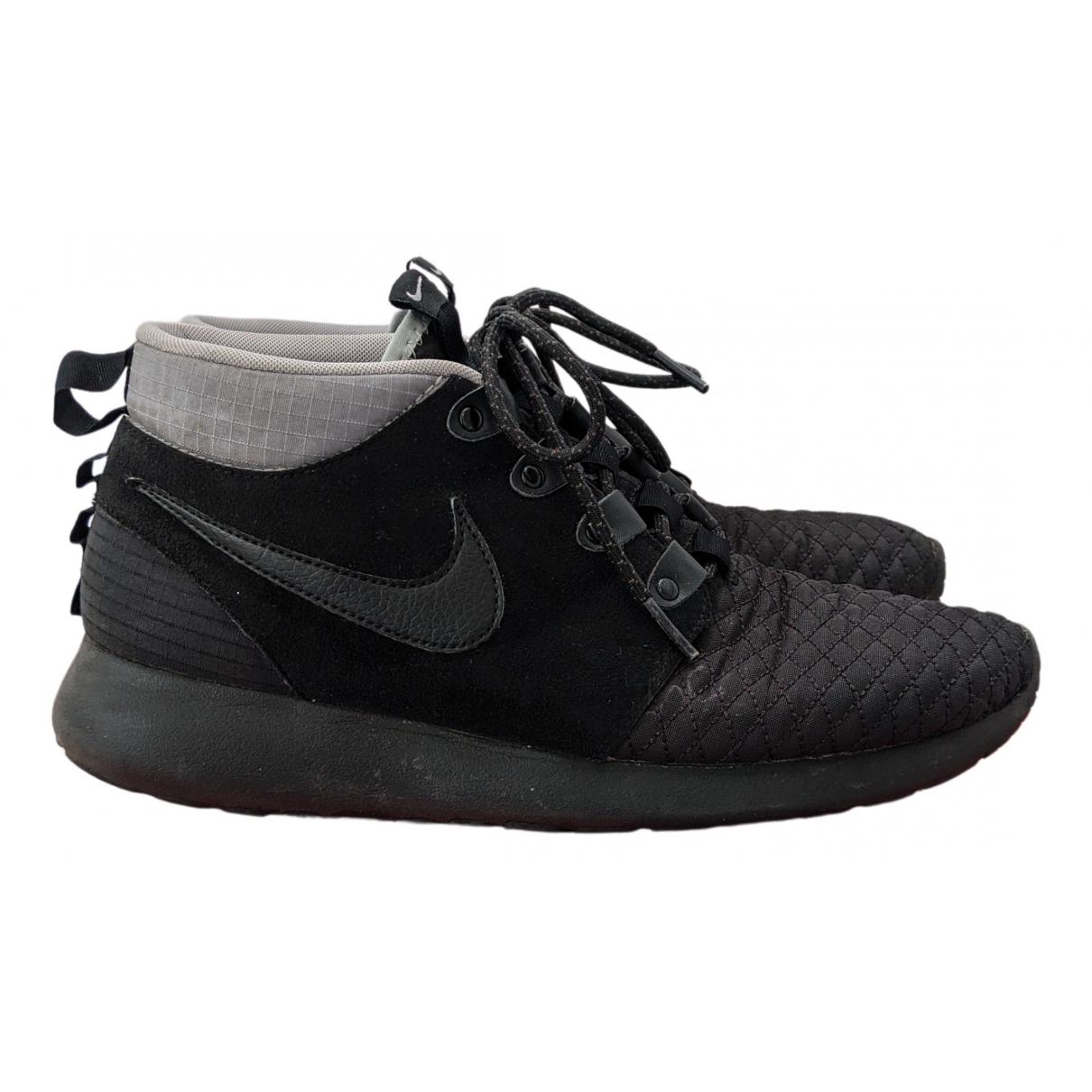 Nike Roshe Run Black Suede Trainers for Men 7 UK