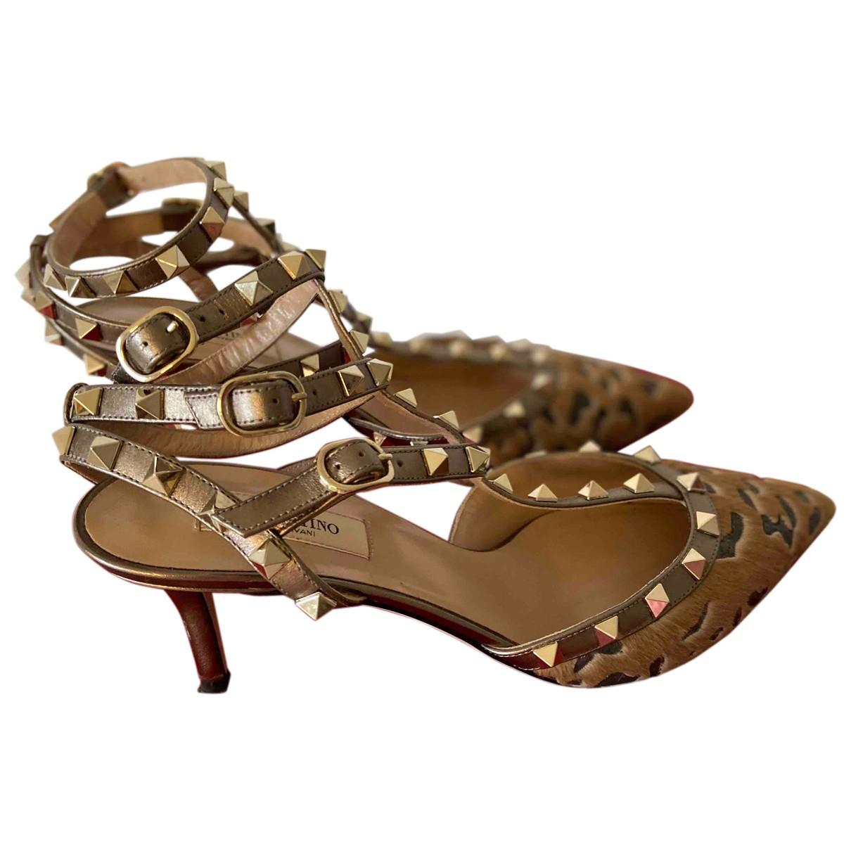 Valentino Garavani Rockstud Gold Leather Heels for Women 39.5 EU