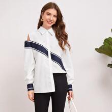 Bluse mit Ausschnitt auf Schulter und Streifen Muster