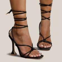 Sandalias con tacon con cordon de punta abierta