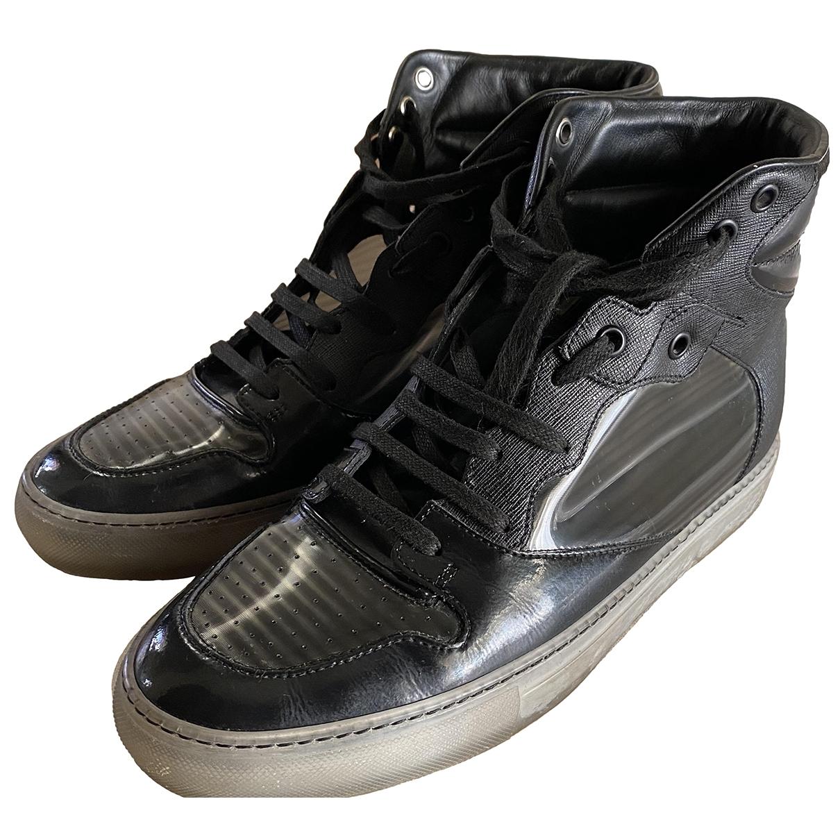 Balenciaga \N Sneakers in  Schwarz Kautschuk