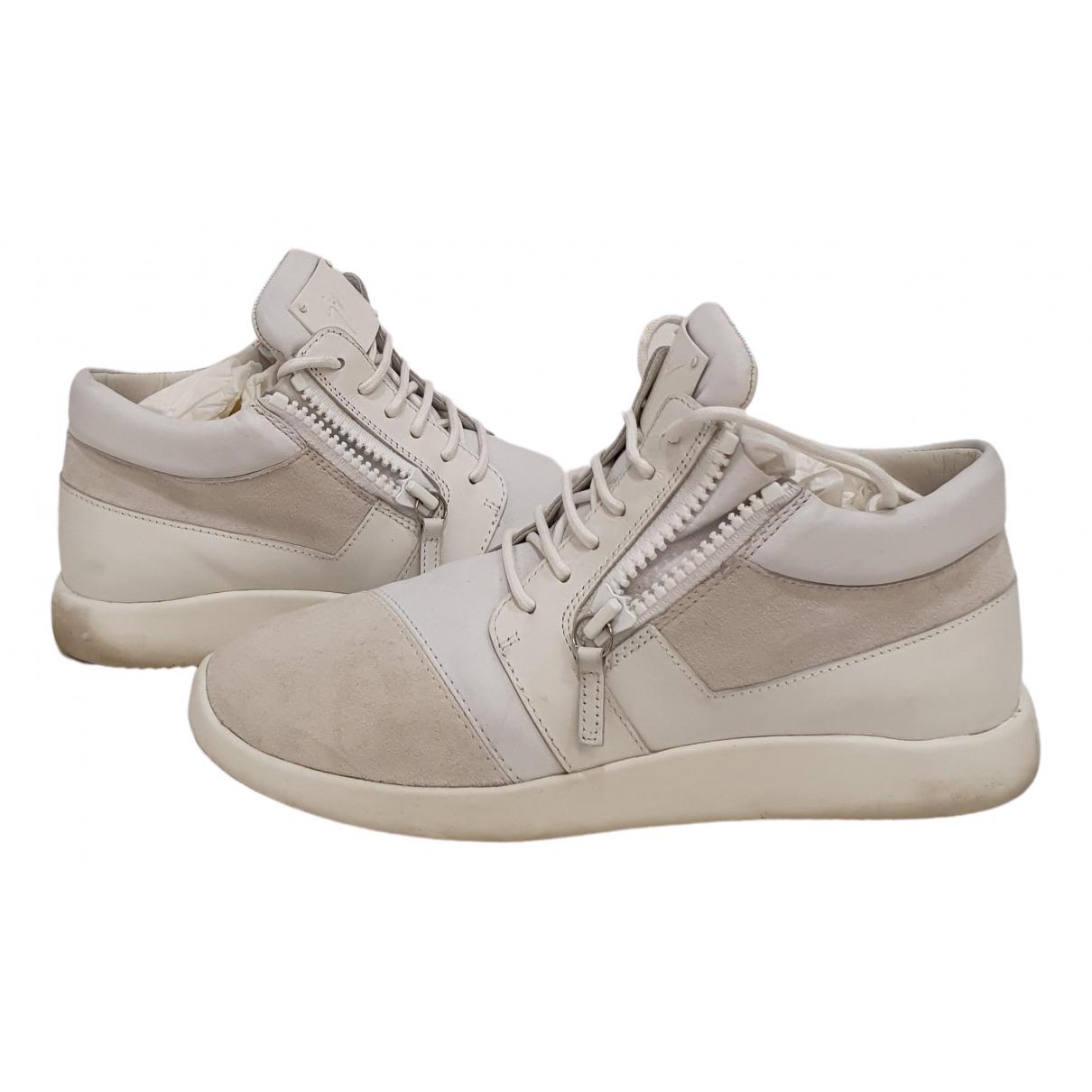 Giuseppe Zanotti \N Sneakers in  Weiss Veloursleder