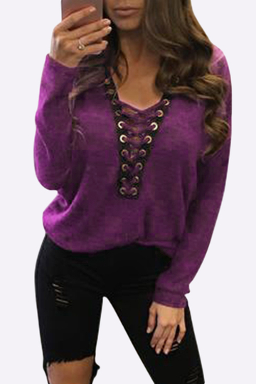 Yoins Sexy Deep V-neck Lace-up Front Casual T-shirts in Fuchsia