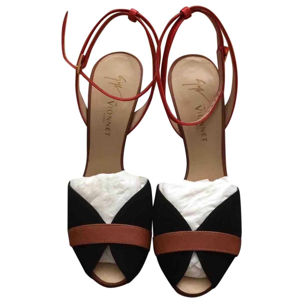 Sandalias de Cuero Vionnet