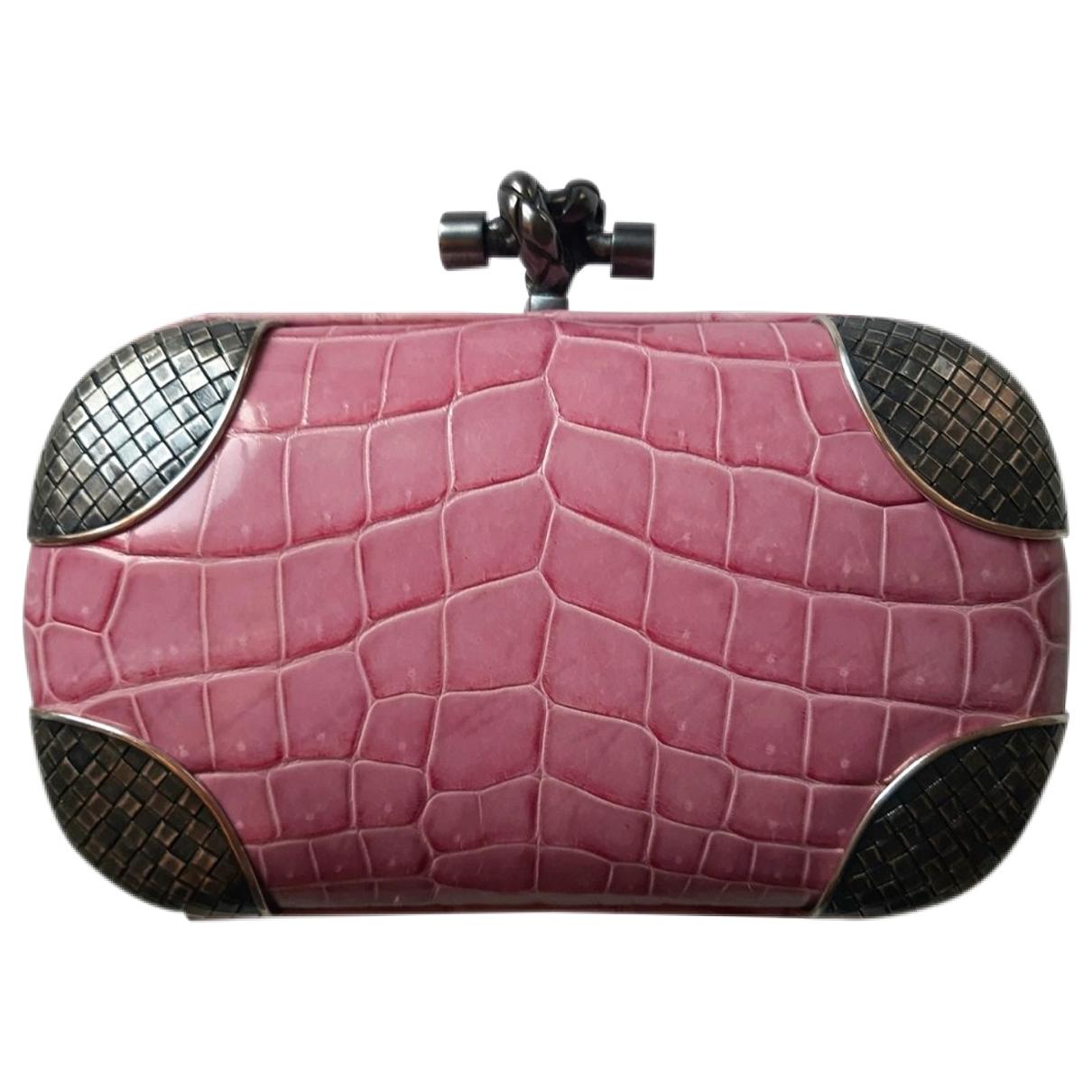 Bottega Veneta Pochette Knot Pink Crocodile Clutch bag for Women \N