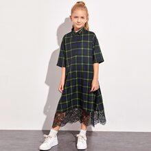 Kleid mit Knopfen, halber Knopfleiste, Winpern Spitzen und Karo Muster