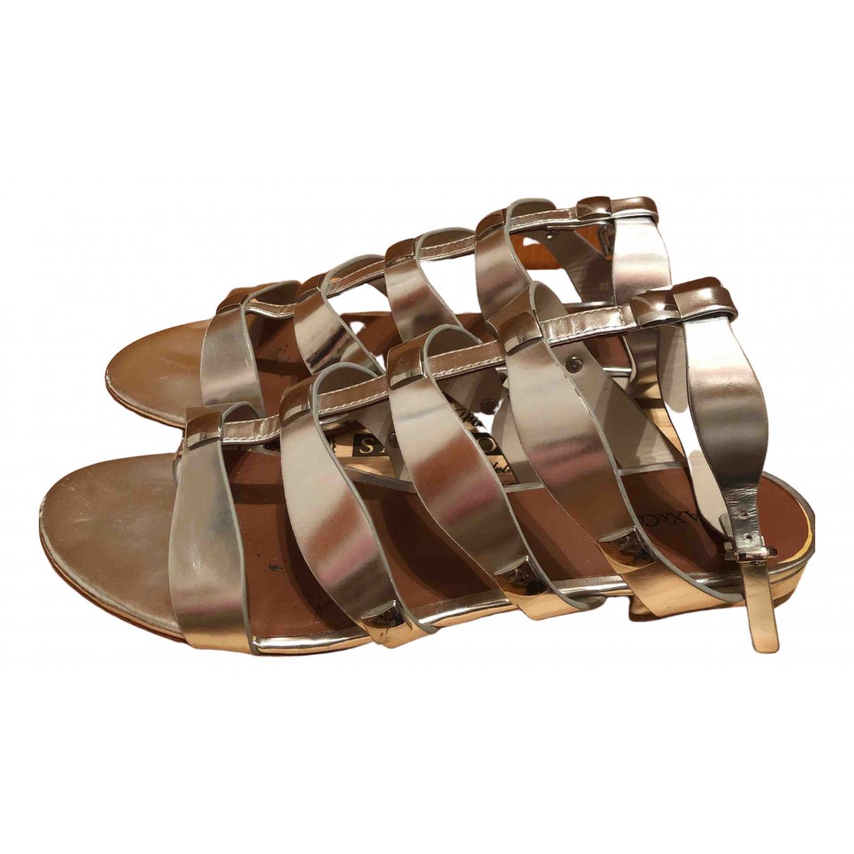 Sandalias romanas de Cuero Max & Co