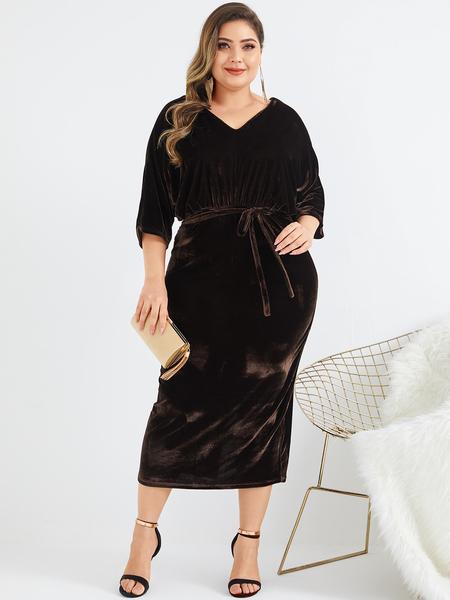 Yoins Plus Size Brown Velvet Backless Design V-neck Half Sleeves Dress