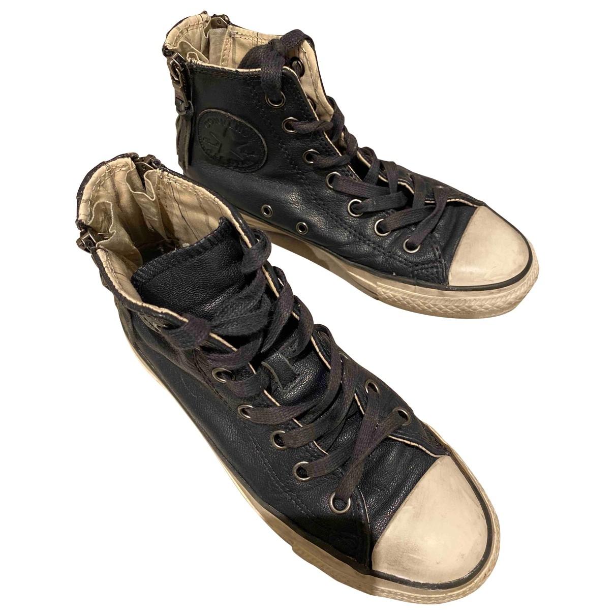 Converse \N Sneakers in  Blau Leder