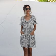 Babydoll Kleid mit Dalmatiner Muster, doppelten Taschen und Knopfen vorn