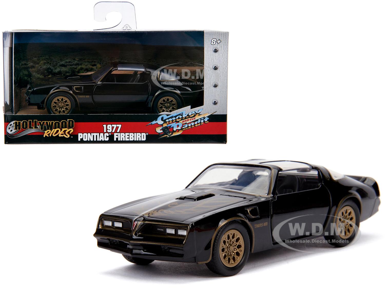 1977 Pontiac Firebird Black Smokey and the Bandit (1977) Movie Hollywood Rides Series 1/32 Diecast Model Car by Jada