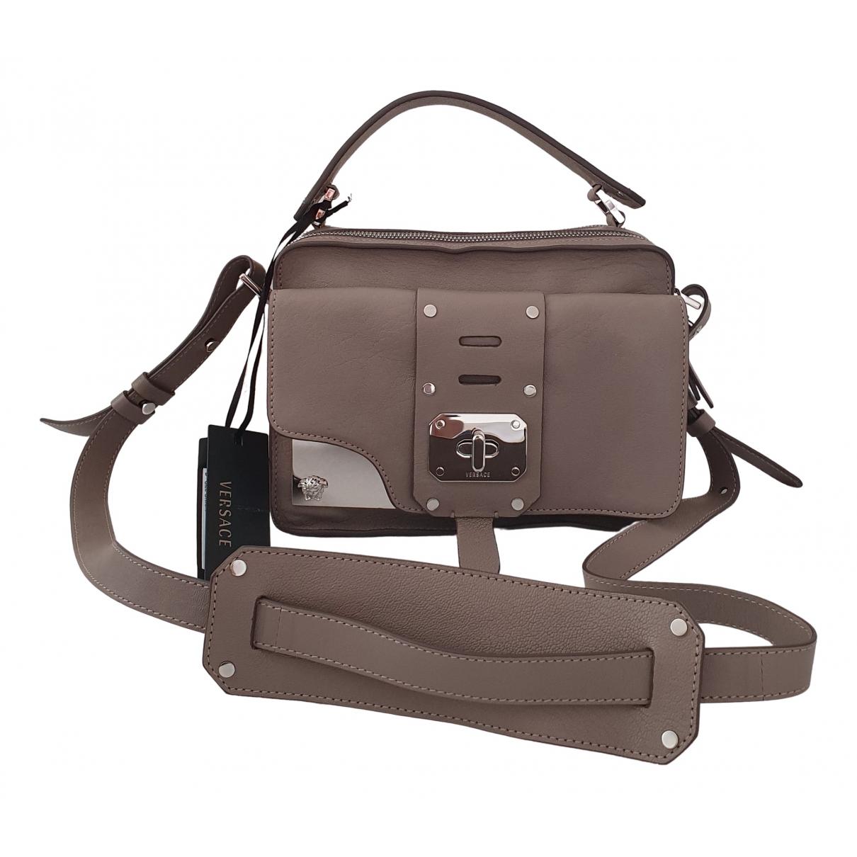 Versace \N Handtasche in  Grau Leder