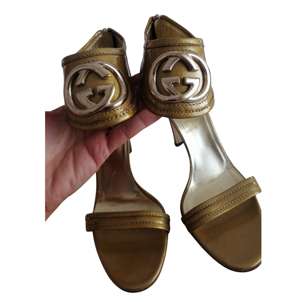 Gucci N Gold Patent leather Sandals for Women 40 IT