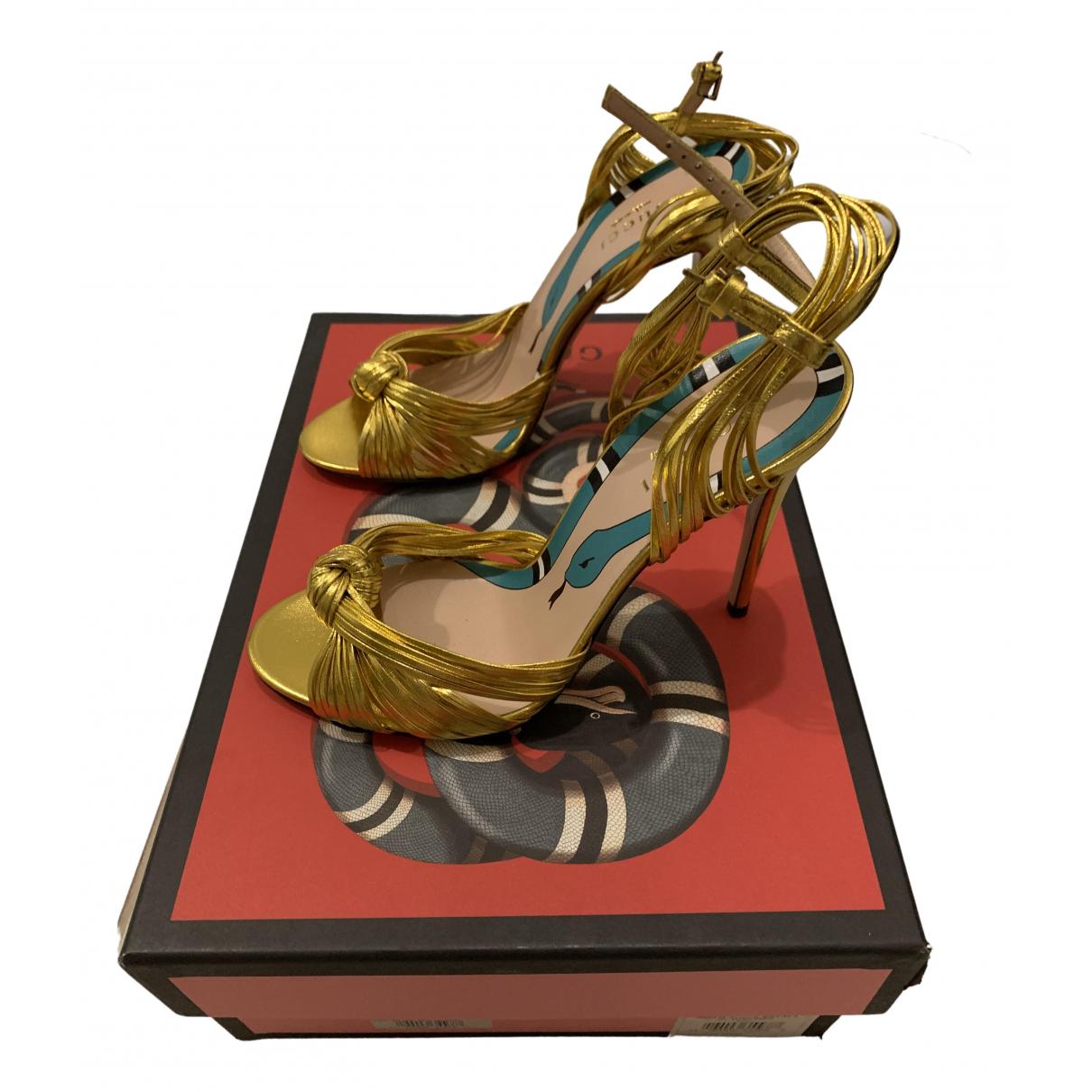 Sandalias romanas de Charol Gucci