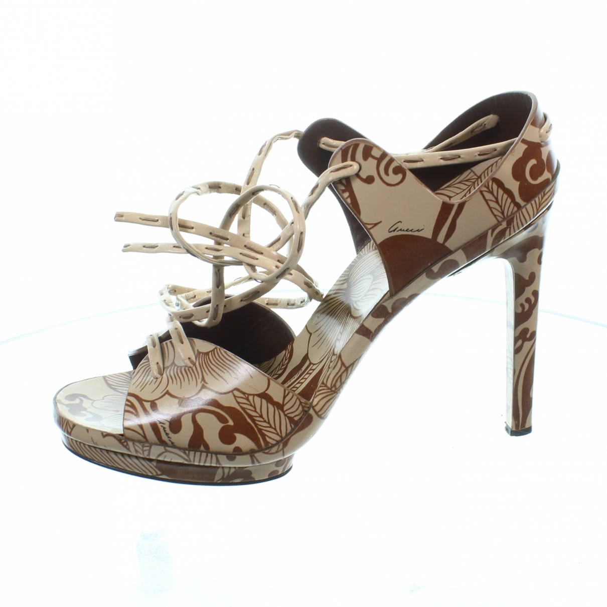 Gucci \N Beige Leather Heels for Women 40 EU