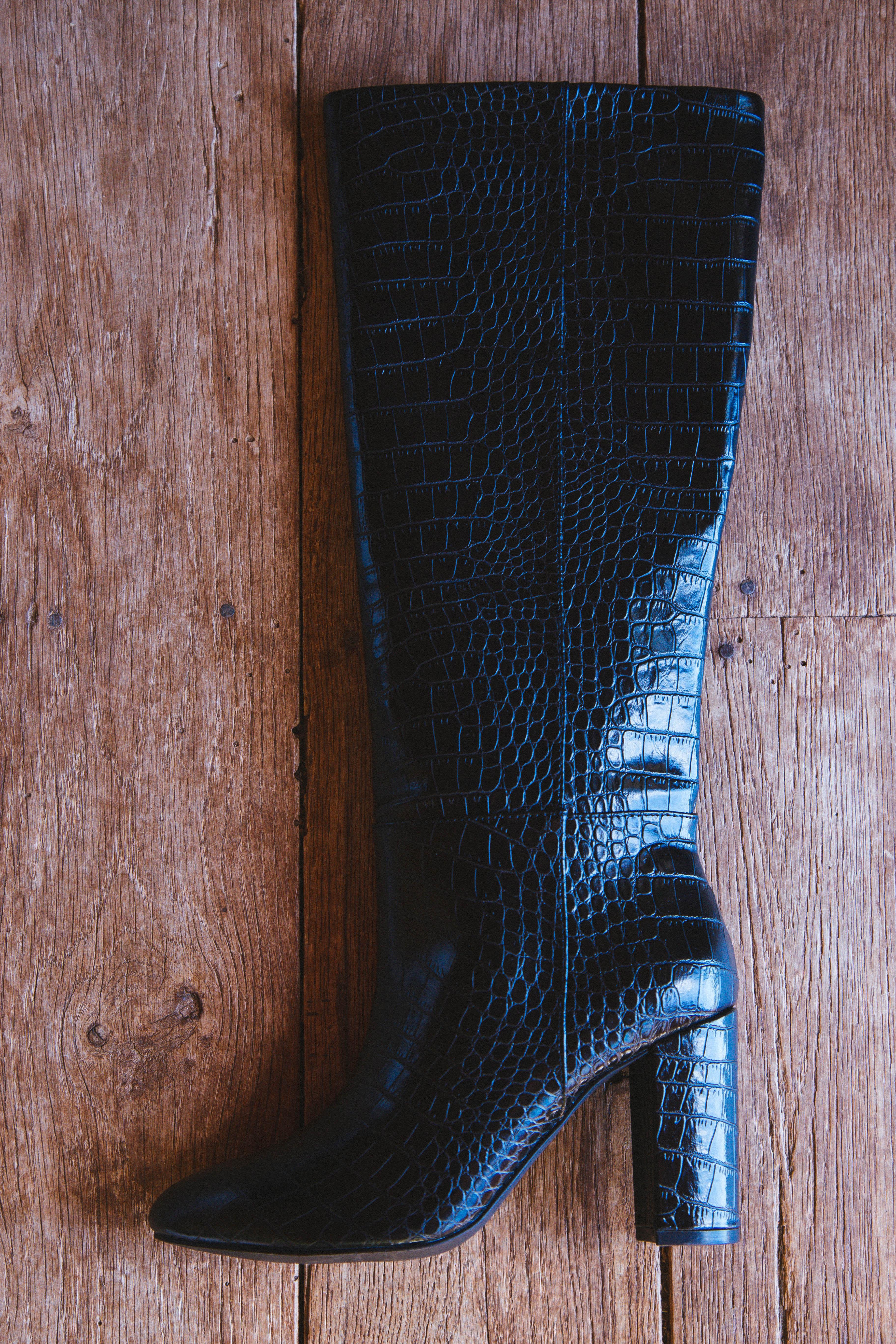 Krafty Croc Knee High Boot Black | Chinese Laundry