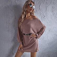 Kleid mit Raglanaermeln ohne Guertel